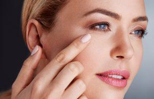 Với cong dụng làm mền, mịn da sẽ giúp giảm hình thành nếp nhăn trên da
