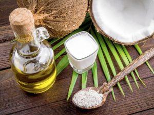 Tác dụng làm đẹp da từ dầu dừa và sữa chua