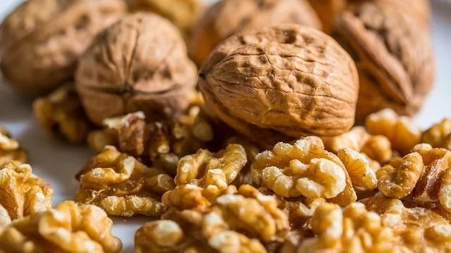 ăn hạt dinh dưỡng tốt cho tim mạch