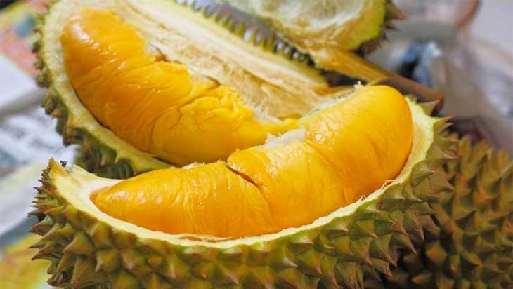 Không nên ăn sầu riêng sau khi phun môi