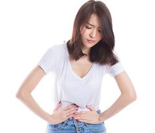Sử dụng nước gừng sả giúp giảm đau bụng kinh hiệu quả
