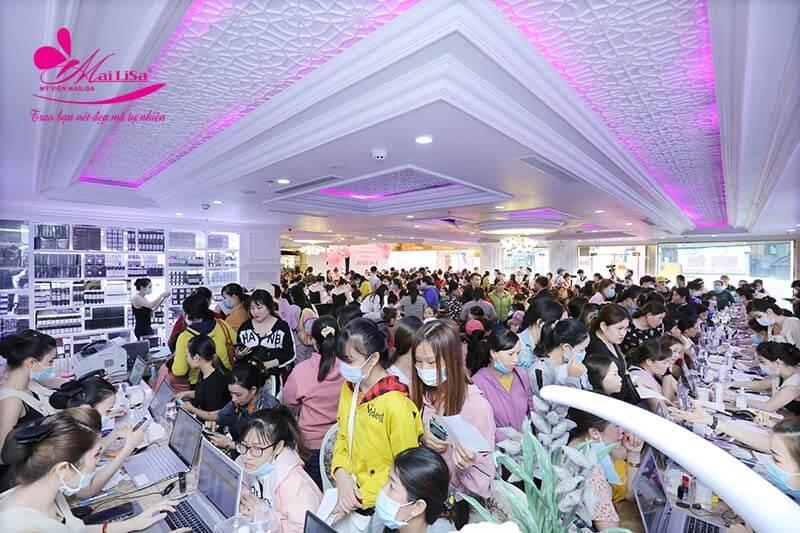 Thẩm mỹ viện Mailisa khách hàng thường đông