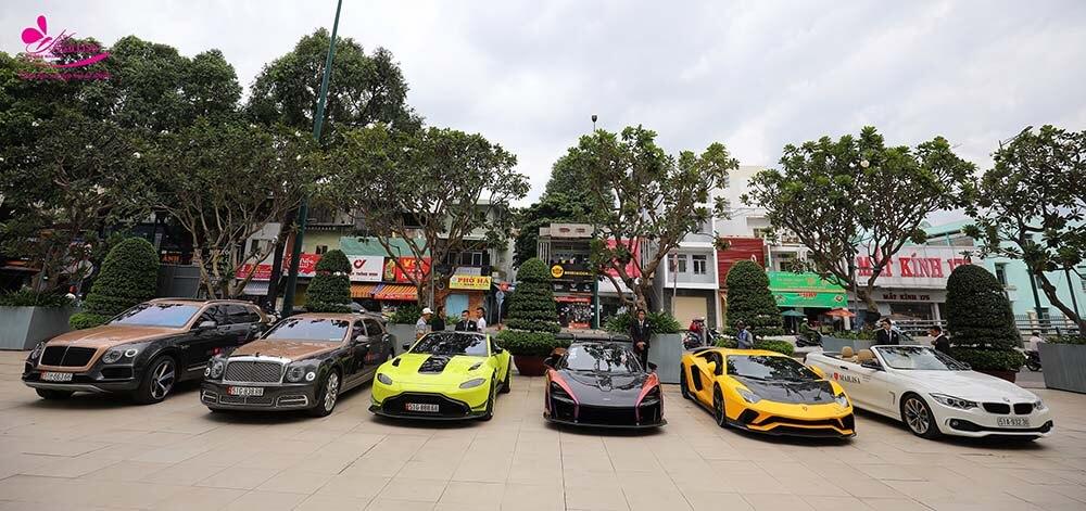 Bộ sưu tập siêu xe của Hoàng Kim Khánh