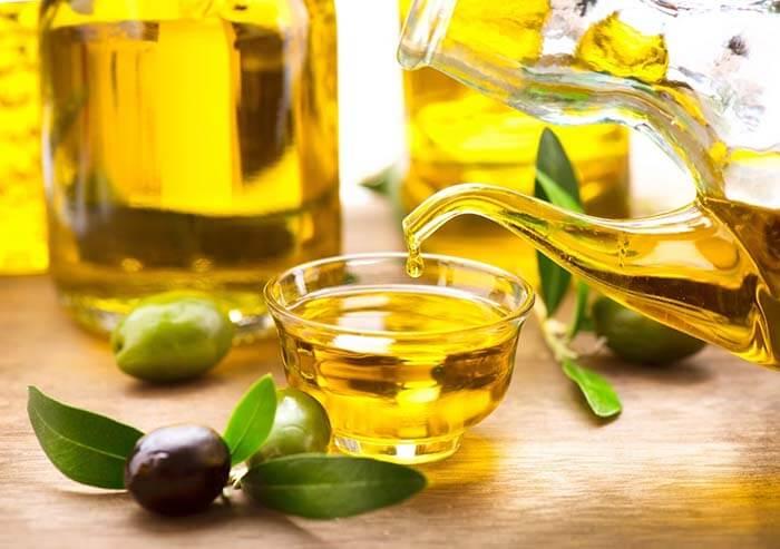 tẩy trang chuyên nghiệp với dầu oliu